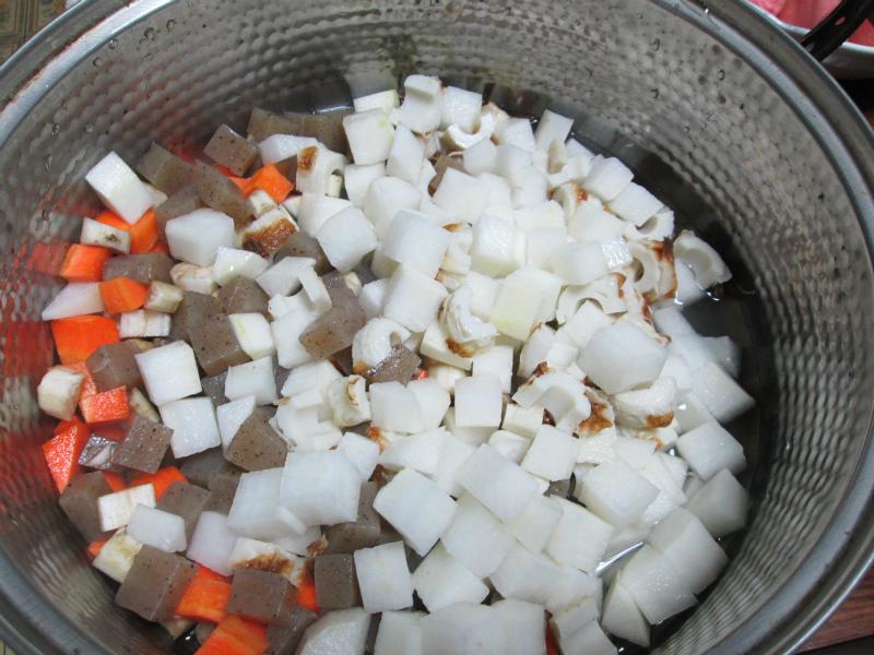 おつぼ(豆と野菜の煮物)