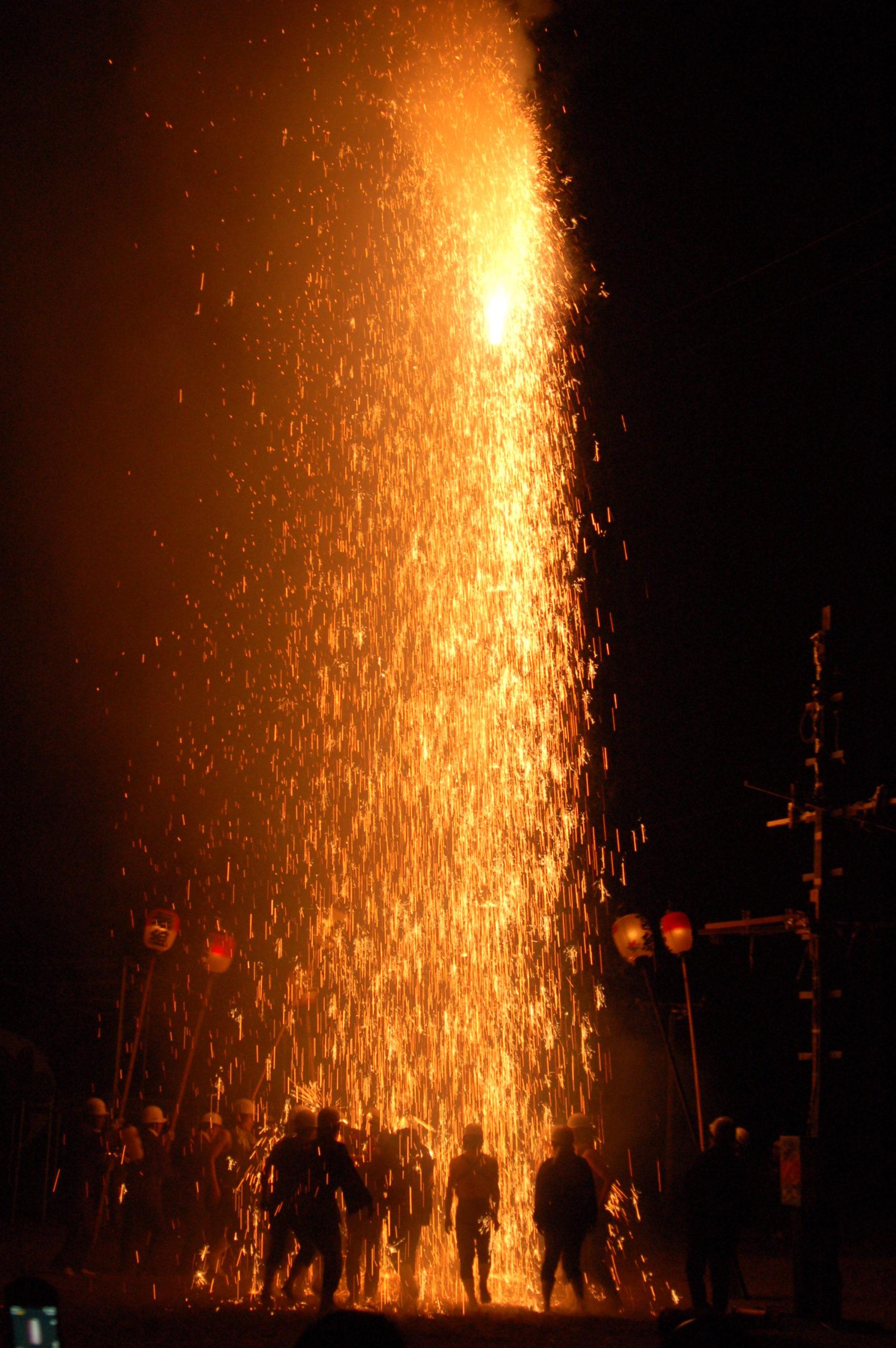 清内路諏訪神社秋季祭典奉納煙火(手づくり花火)について